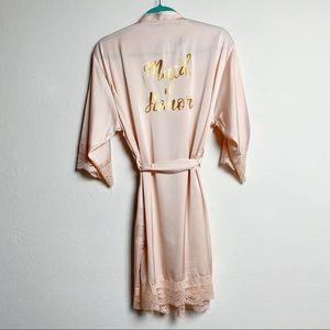 Intimates & Sleepwear - ⭐️ Maid of Honor Faux Silk Robe